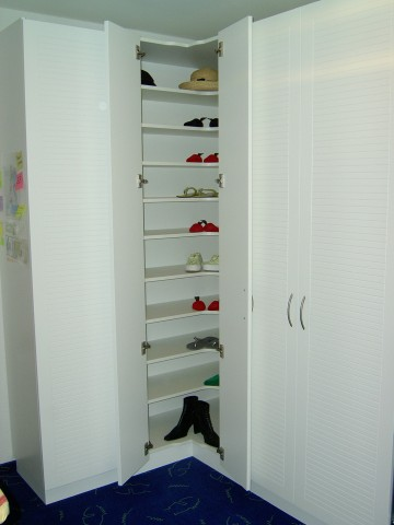 schrank ber eck home image ideen. Black Bedroom Furniture Sets. Home Design Ideas
